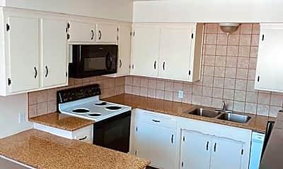 Kitchen, 4401 Columbus St, 1