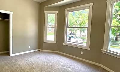Living Room, 319 N Dunn St, 2