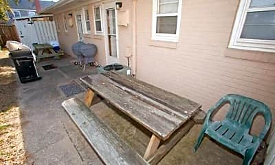 Patio / Deck, 7709 Atlantic Ave B, 2