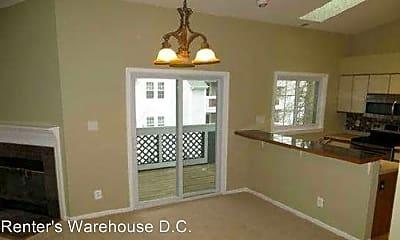 Kitchen, 12898 Grays Pointe Rd, 2