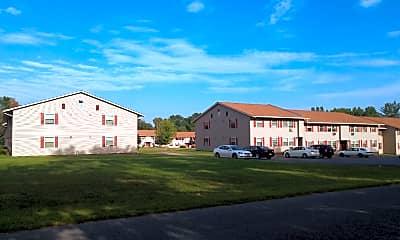 Montcalm Apartments, 2