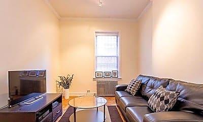 Living Room, 404 E 61st St, 1