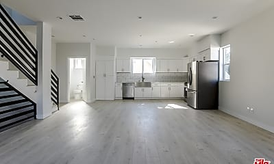 Living Room, 1141 Irolo St B, 0
