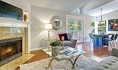 Living Room, 14715 SE 24th St, 1