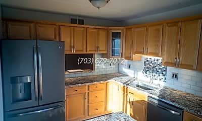 Kitchen, 108 Roberts Ln, 1