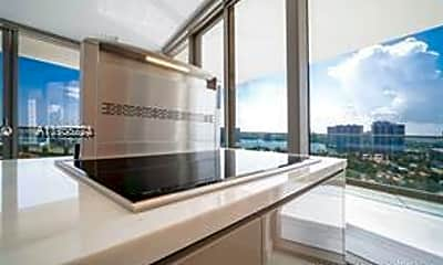 18975 Collins Ave 2805, 0