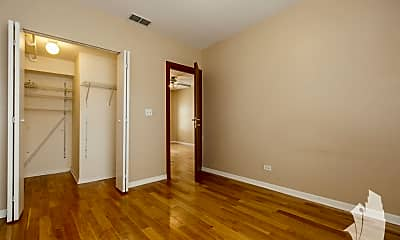 Bedroom, 4748 N Albany Ave, 2