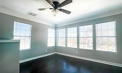 Bedroom, 2718 S Jennings Ave, 1