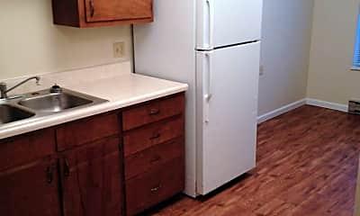 Kitchen, 307 E Hackberry St, 1