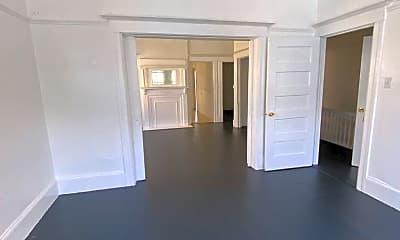 Living Room, 3267 25th St, 1