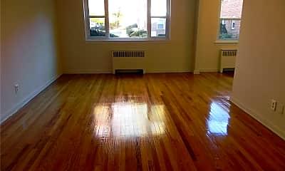 Living Room, 17 Dolphin Green E1J, 1
