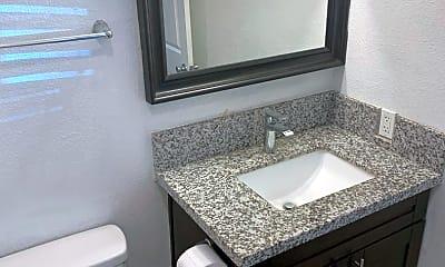 Bathroom, 4181 37th St, 2