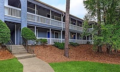 Royal Oaks Apartments, 1