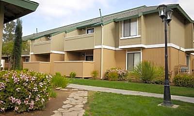 Pinewood Apartments, 0