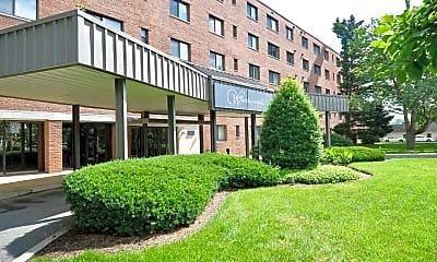 Building, 3515 Washington Blvd 412, 0