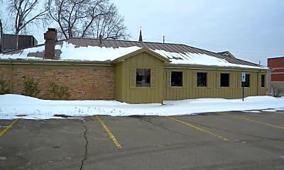 Building, 320 E 20th St, 0