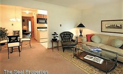 Living Room, 3856 Genevieve Blvd, 1