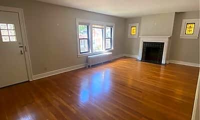 Living Room, 32 Shady Dr W, 0
