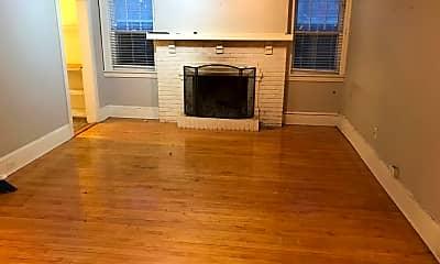 Living Room, 1770 Humboldt Ave S, 1
