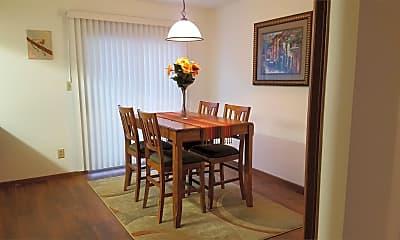 Dining Room, 6807 Brandt Pike, 1