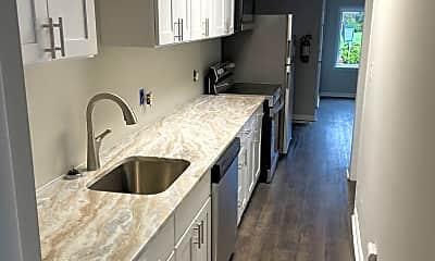 Kitchen, 427 S Main St, 1