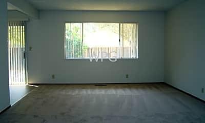 Living Room, 15114 Lynn Ave, 1