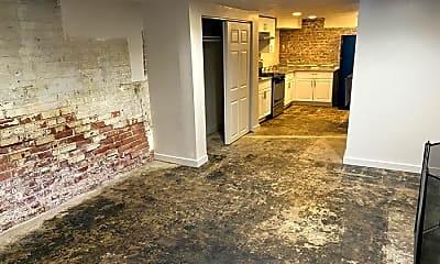 Kitchen, 41 E 200 N, 2