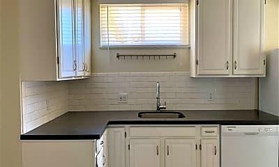 Kitchen, 5307 Columbia Ave, 0