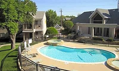 Pool, 75240 Properties, 2
