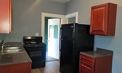 Kitchen, 125 E Courtland Pl 1, 0
