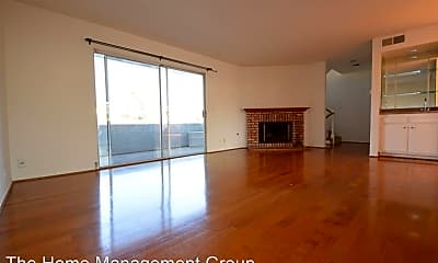 Living Room, 2412 Mathews Ave, 1