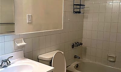 Bathroom, 290 Halsey St 1, 1
