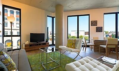 Living Room, 1110 N Marshfield Ave, 1