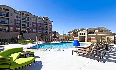 Pool, Broadmoor Marquee at Jordan Creek, 0