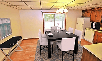 Dining Room, 276 Dimmick Rd, 1