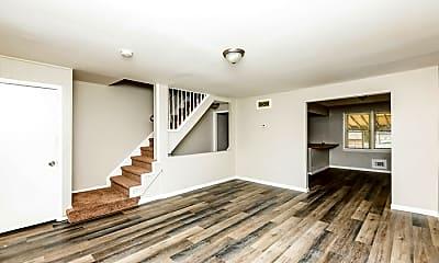 Living Room, 2103 Cockspur Rd, 1