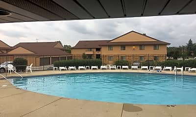 Country Oaks Apartments, 2