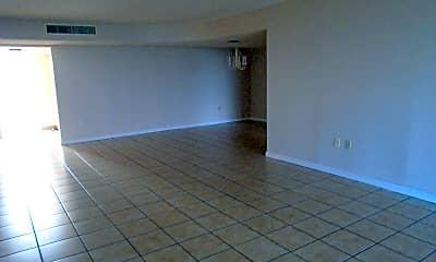 Living Room, 2815 S Atlantic Ave 107, 1