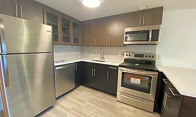 Kitchen, 51-35 Reeder St 406, 2