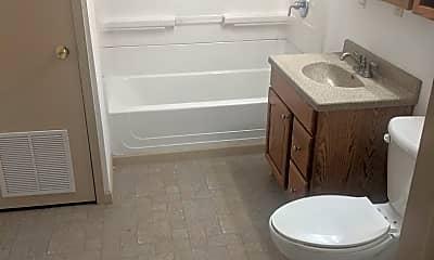 Bathroom, 124 W Seminole St, 2