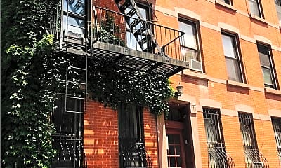 Building, 479 Warren St 3A, 0