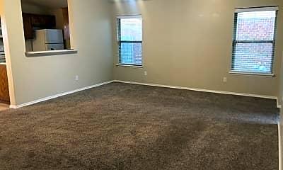 2 Living Room.jpg, 2716 Front Lane, 1