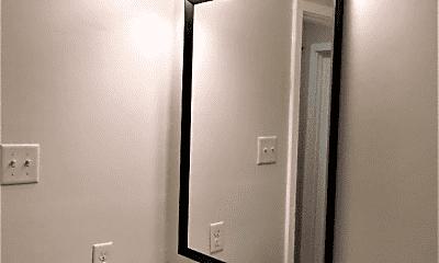 Bathroom, 507 E 7th St, 2
