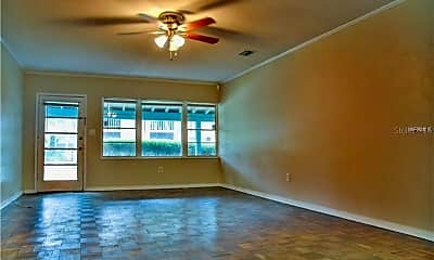 Living Room, 2303 S Clewis Ct A, 1