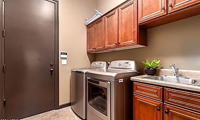 Kitchen, 7920 E Stonecliff Cir, 2
