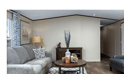 Living Room, 5130 Lake End Dr, 2