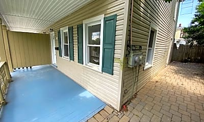 Patio / Deck, 31 Prospect St, 1