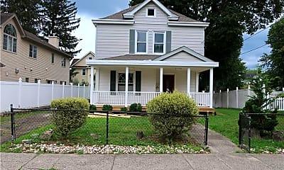 Building, 31 Oak Terrace, 0