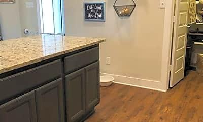Kitchen, 3902 Yukon Ln, 2