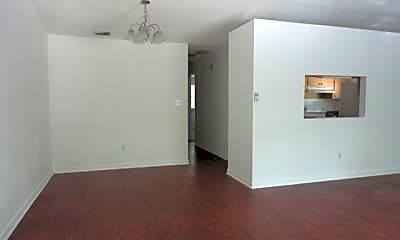 Living Room, 1528 Belmont Trace, 2